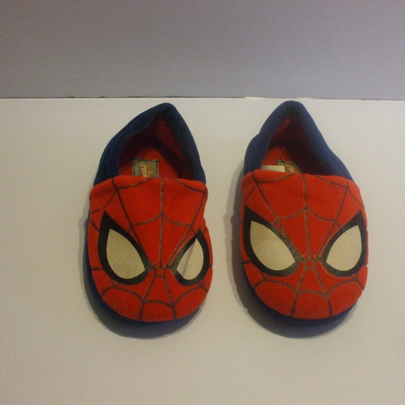 Marvel Other - Red & Blue Spiderman Slippers Size 11/12 Toddlers
